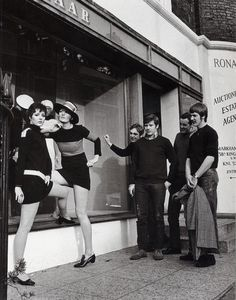 Bazaar Boutique, Kings Road 1967 by Frank Habicht.
