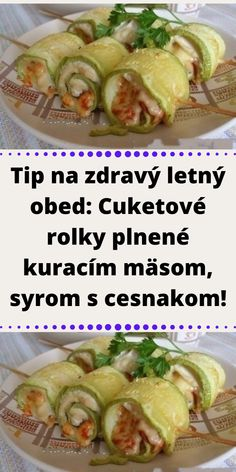 A Table, Zucchini, Food And Drink, Low Carb, Yummy Food, Healthy Recipes, Meat, Chicken, Delicious Food