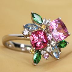 spinel /スピネル Gems Jewelry, Jewelry Art, Jewelery, Jewelry Design, Stone Ring Design, Gold Ring Designs, Krystal, Stone Rings, Beautiful Rings