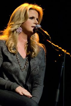Trisha Yearwood: Feb 13th, 2016. Charleston, 3rd row. BBK.