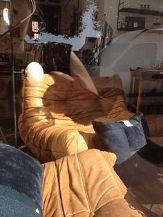 Salon 3pièces en cuir fauve. Togo