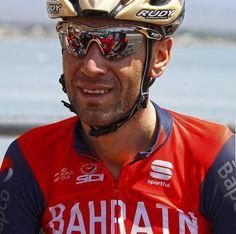 Vincenzo Nibali - Bahrain Merida Cycling Sunglasses, Oakley Sunglasses, Merida, Vincenzo Nibali, Huawei P10, Pro Cycling, Persona, Captain Hat, Sport