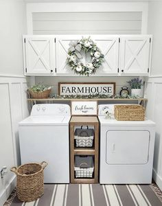 Below are the Farmhouse Laundry Room Storage Decoration Ideas. This post about Farmhouse Laundry Room Storage Decoration Ideas was posted … Small Laundry Rooms, Laundry Room Organization, Laundry Room Design, Decorate Laundry Rooms, Storage Organization, Organization Ideas For The Home, Laundry Area, Organized Laundry Rooms, Storage Ideas