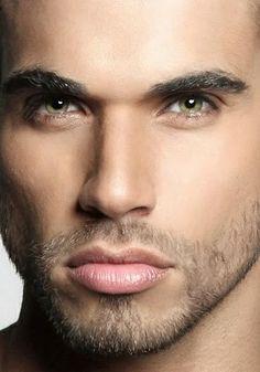 25 fantastiche immagini su Makeup  5d7aaaa03b63