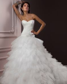 Famous Wedding Dressis | wedding dress model « Celebrity Clothing Styles – Wedding Dress ...