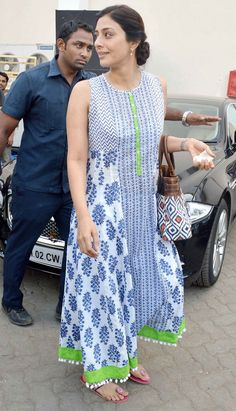 Celeb spotting: Varun, Shraddha, Tabu and Vidya's casual outing - Street Fashion Kurta Designs Women, Kurti Neck Designs, Blouse Designs, Pakistani Dresses, Indian Dresses, Indian Outfits, Kurta Patterns, Dress Patterns, Indian Attire
