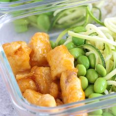 Healthier firecracker chicken meal prep bowls bring the spice to your lunch! Lightened up, but still super flavorful. Gluten-free and ready in 35 minutes.