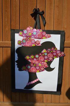 Barbie Princess Charm School game:  Pin the crown on the princess