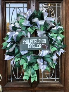Philadelphia Eagles wreath-made with hand painted wood sign & vinyl lettering
