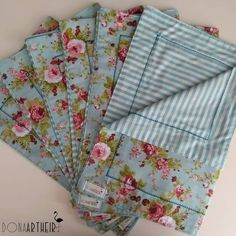 8 Beautiful Home Decor Wall hanging Ideas ! Fabric Crafts, Diy Crafts, Dinner Room, Bohemian Bedroom Decor, Crazy Patchwork, Table Toppers, Green Fabric, Sewing Projects, Patches