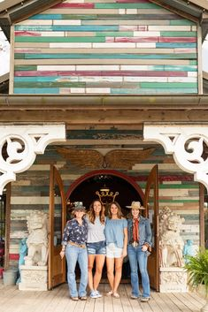 The Ultimate Guide to Round Top in Texas - Showit Blog Antique Fairs, Antique Show, Texas Girls, Fall Shows, Kids On The Block, City Limits, Round Top, Home Decor Shops, Country Music