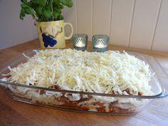Edels Mat & Vin: Fløtegratinerte poteter med kjøttsaus !! Chicken Recipes, Grains, Food Porn, Food And Drink, Mad, Ground Chicken Recipes, Recipes With Chicken, Korn, Treats