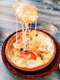 Σέ 5' έχετε έτοιμο το πιο νόστιμο ορεκτικό με τυριά !!! ~ ΜΑΓΕΙΡΙΚΗ ΚΑΙ ΣΥΝΤΑΓΕΣ 2 Camembert Cheese, Dairy, Food, Essen, Meals, Yemek, Eten