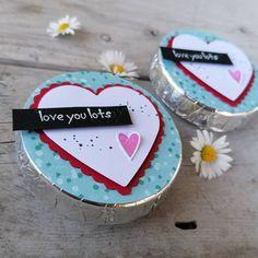 💚Eine kleine Liebeserklärung💚 ***WERBUNG*** Heute ist Kindertag! Ich hab Euch lieb, meine beiden Zuckerschnuten!!! #margaswelt #kindertag #dzieńdziecka #goodie #foryou#loveyoulots #basteln #stanzen #stampinup #bastelnistmeinyoga #fürdich #habdichlieb #kochamcię Stampinup, Love, Sugar, Cookies, Desserts, Goodies, Die Cutting, Advertising, Crafting
