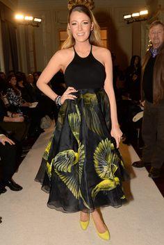 Blake Lively at Marchesa runway show - NY Fashion Week 2015 Blake Lively Family, Blake Lively Style, Fashion Beauty, Girl Fashion, Fashion Show, Ny Fashion, Mode Mantel, Elsa Pataky, Bird Dress
