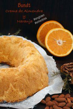 Bundt de Crema de Almendra y Naranja # singluten #sinlactosa Llegó el otoño y con él, los bizcochos más otoñales. Hoy en casa horneamos uno con mucho sabor. Un jugoso bizcocho de almendras con naranja, apto para celiacos e intolerantes a la lactosa.