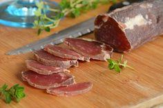 Homemade dried pork tenderloin – easy recipe for aperitif or more - Recipes Easy & Healthy Pork Tenderloin Recipes, Pork Chop Recipes, Sauce Recipes, Filet Migon, Easy Healthy Recipes, Easy Meals, Easy Casserole Recipes, Charcuterie, Carne