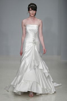 Alfred Angelo Spring 2013 / Photo Courtesy of Wedding Wire