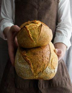 Polenta & Curcuma bread
