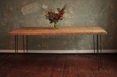 Esstisch aus Bauholz mit Hairpin Legs Modell Jan hell