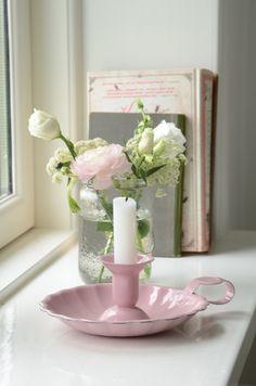 Wunderschöner Kerzenhalter in rosa von Ib Laursen, erinnert etwas an längst vergangene Zeiten.
