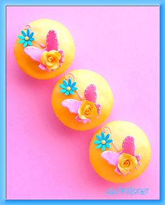 Butterfly n Rose Cupcakes | von ~Très Chic Cupcakes by ShamsD~