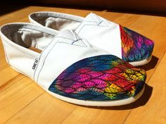 painted toms