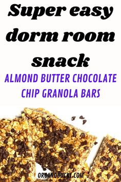 Super easy college snack that can be made in your dorm room. This snack is perfect for college students on a budget! #collegemeals #collegesnacks #healthycollegesnacks #easycollegemeals Healthy College Snacks, Easy College Meals, College Food Hacks, Quick Snacks, College Recipes, College Packing, Chocolate Chip Granola Bars, Healthy Meal Prep, Healthy Eating
