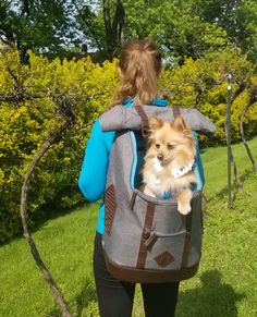 Travel Supplies, Commute To Work, Dog Activities, Dog Travel, Pet Carriers, Dog Accessories, Dog Mom, Travel Style, Mom And Dad