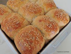Trainee de cozinheira: Pãozinho integral de mel e azeite