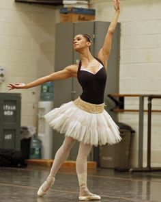 As one of the few African-American faces in ballet, Misty Copeland, a soloist with the American Ballet Theatre, has reached a larger audience for the art. Black Ballerina, American Ballet Theatre, Misty Copeland, Ballet Dancers, Dancers Feet, Black Dancers, Ballet Photography, Dance Company, Dance Art