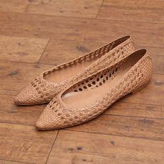 Fabio Rusconi ファビオ ルスコーニ FABIO RUSCONI メッシュ素材ポイテッドトゥシューズ(VANILLA) -「買ってから選ぶ。」靴とファッションの通販サイト ロコンド
