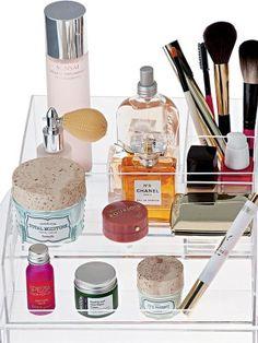 The best make-up storage ideas Make Up Storage, Storage Ideas, Cool Things To Make, Fashion Beauty, Style, Swag, Organization Ideas, Cool Things To Do, Organizing Ideas