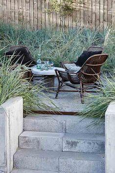 HIer gibts die 13 schönsten Landhaus Inspirationen für den Sommer von Housedoctor. Zum Genießen und Nachmachen - der Outdoor Landhausstil