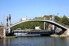 Photo de Pont levant de la rue de Crimée, Paris 19, PA00125450