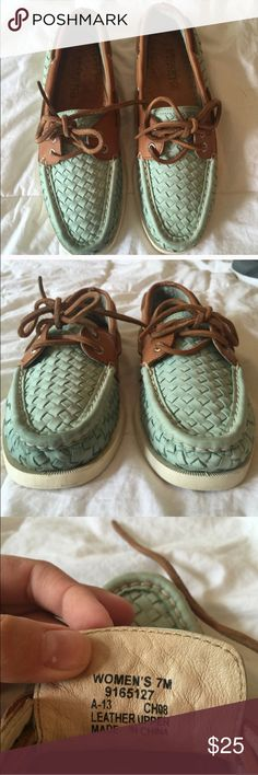 Sperry Seafoam Woven Topsiders These are size 7 sperry topsiders. They are is very good condition only worn a couple of times. Reposh as they were too small for me. Ask for more pics. Smoke free/ stain free. Make me an offer : ) Sperry Top-Sider Shoes