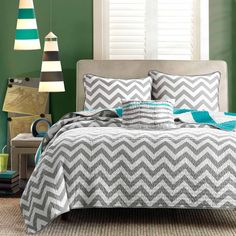 Full Queen size 3-Piece Quilt Set Reversible Chevron Stripe Gray White Teal