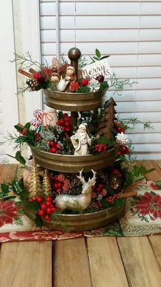 Looking for for images for farmhouse christmas tree? Browse around this website for perfect farmhouse christmas tree ideas. This cool farmhouse christmas tree ideas looks totally brilliant. Farmhouse Christmas Decor, Christmas Table Decorations, Rustic Christmas, Elegant Christmas, Christmas Home Decorating, Simple Christmas, Christmas Kitchen Decorations, Christmas Vignette, Christmas Tables