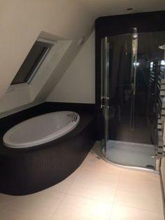 End Of Tenancy Cleaning in Reading Clean House, Bathtub, Cleaning, Bathroom, Standing Bath, Washroom, Bathtubs, Bath Tube, Full Bath