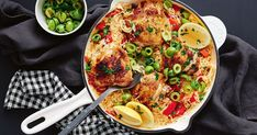 cajun food This spiced cajun chicken is a one-pot dinner winner. Cajun Chicken And Rice, Chicken Rice Recipes, Cajun Recipes, How To Cook Chicken, New Recipes, Healthy Recipes, Cajun Food, Chicken Meals, Vegetarian Recipes