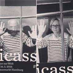 via Instagram domin.fotografie: #picassosfenster #bw #art #theshirt!! #exhibition