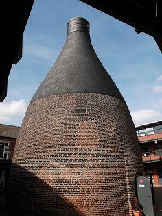 bottle kiln at former Dudson Bros. Lt  Stoke-On-Trent, Staffordshire, England