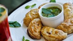 Pallavizza: My Column in Times of Oman - Chicken Empanadas with Chimichurri Sauce and Superb Fruit Punch