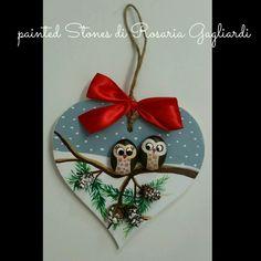 Risultati immagini per cuore decorato con sassi