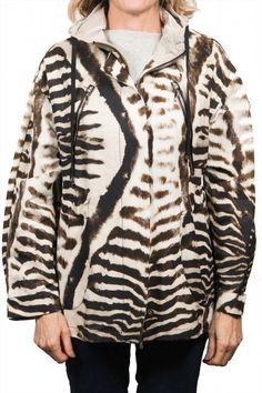 1,495.00$  Watch here - http://viovm.justgood.pw/vig/item.php?t=gsnud158749 - Moncler Tumpe Gamme Rouge Animal Print Jacket Women's