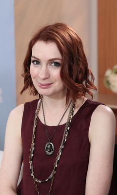 """Supernatural's Felicia Day Explains How Jensen Ackles Is """"Irritatingly Perfect"""""""