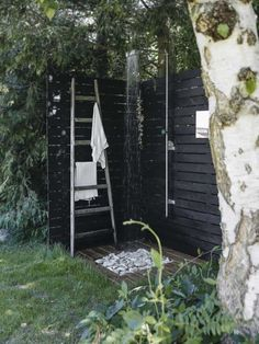 That Kind Of Woman — gravityhome: Summerhouse in Denmark Outdoor Bathrooms, Outdoor Baths, Outside Living, Outdoor Living, Garden Shower, Cottage Style, Garden Inspiration, Outdoor Spaces, Outdoor Gardens