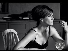 Julia Roberts looking beautiful!