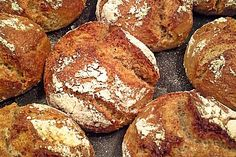 Kartoffelbrötchen mit genialer Kruste, ein tolles Rezept aus der Kategorie Brot und Brötchen. Bewertungen: 242. Durchschnitt: Ø 4,6.