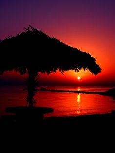 """""""Hut Sunrise"""" on Kish Island by Hamed Saber on sytes.org"""